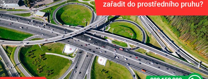 jak přejíždět z pruhu do pruhu na dálnici